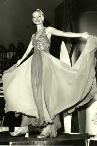 Maysie models Annie Bonza at the 1971 Benson & Hedges Fashion Awards. Photograph by Selwyn Rogers